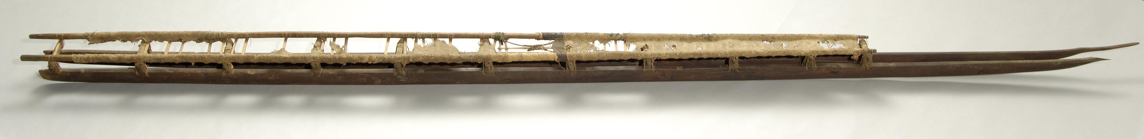 [Papa hōlua] Made primarily of kauila and makaloa. It is said to have belonged to Lonoikamakahiki. Photo by David Franzen.