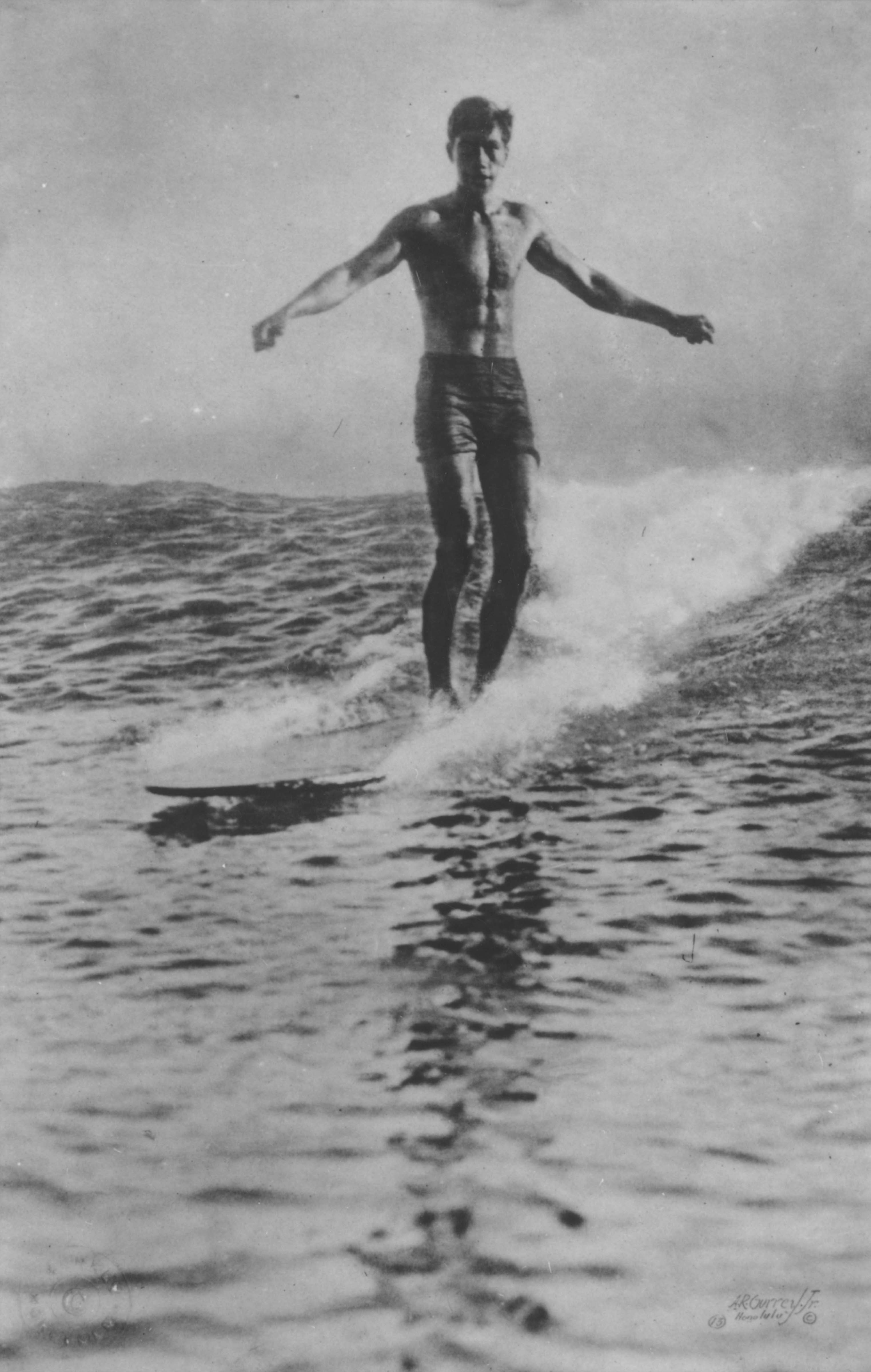 [Duke Kahanamoku surfing] Hawaiʻi, ca. 1910. Photo by Alfred R. Gurrey Jr.