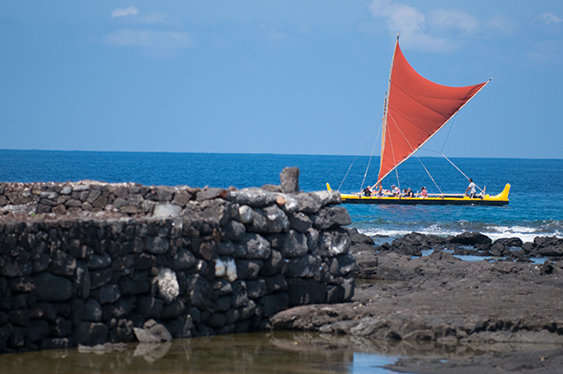 [Makaliʻi] Near Hāpaialiʻi Heiau. Photo by Ruben Carillo.