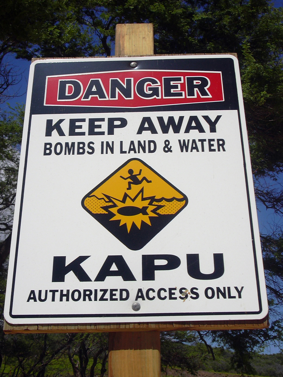 [Kapu danger sign] Photo by Forest & Kim Starr.